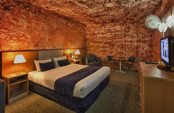 Luxurious Cave Hotels