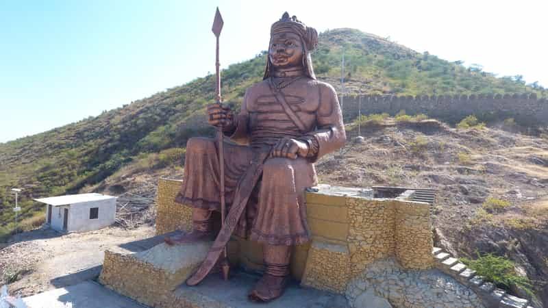 Statue of Maharana Pratap at the Centre