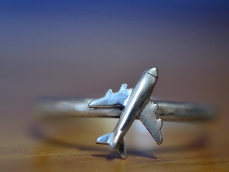 Airplane Ring for Travel Couple