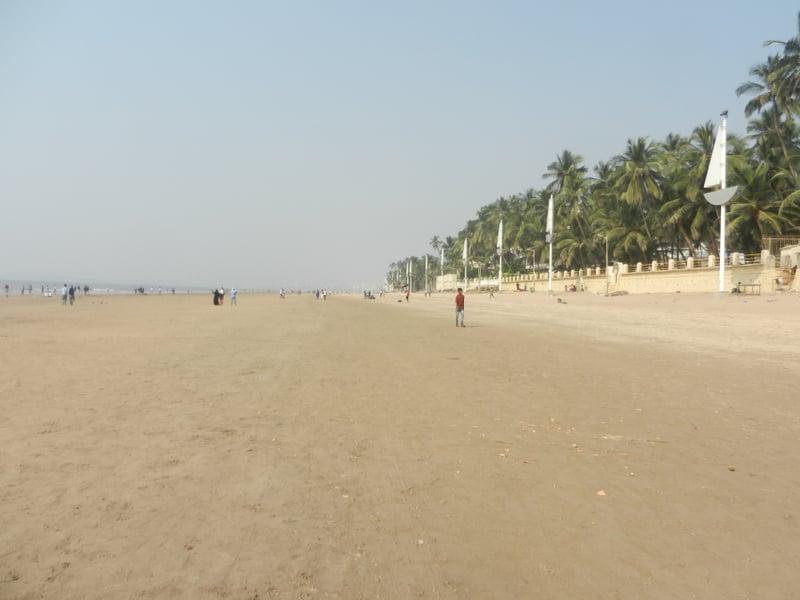 Juhu Beach is a popular hangout