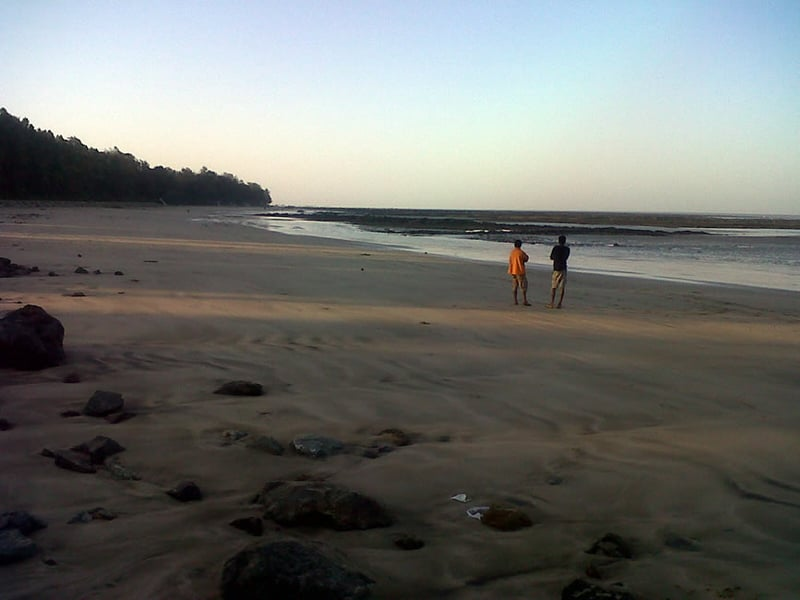 One can enjoy long walks or play sports at the Manori Beach