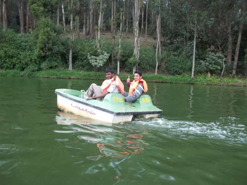 Enjoy Boating at Ooty  Lake