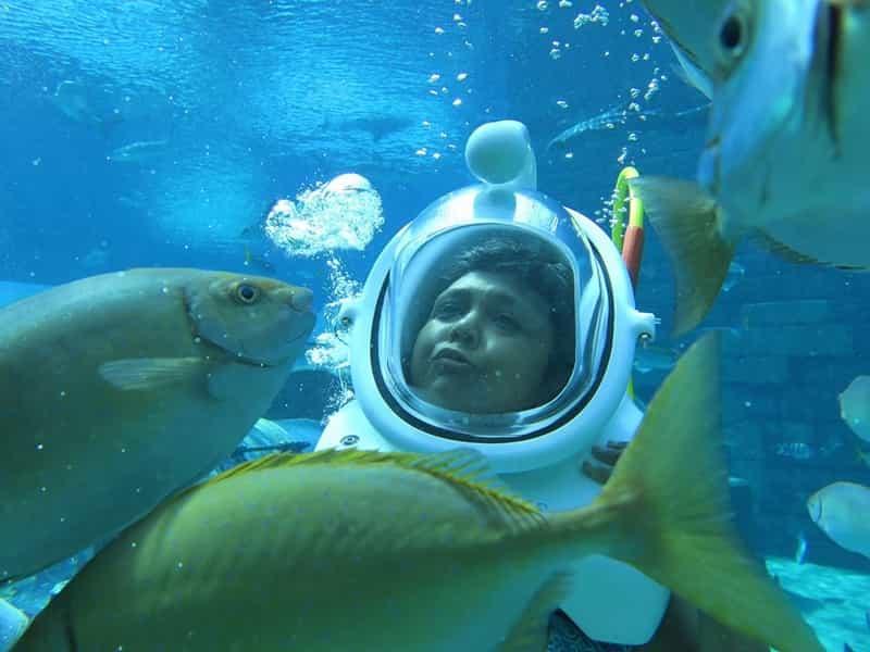 Charukesi enjoying a Shark Safari at Atlantis the Palm, Dubai