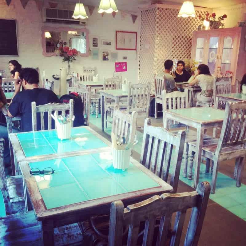 Rose Cafe, Saket
