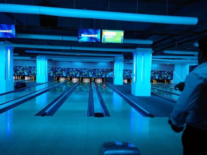 The bowling alley at Amoeba