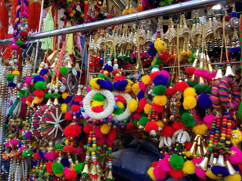 Lokhandwala Market is a must visit for stylish wear