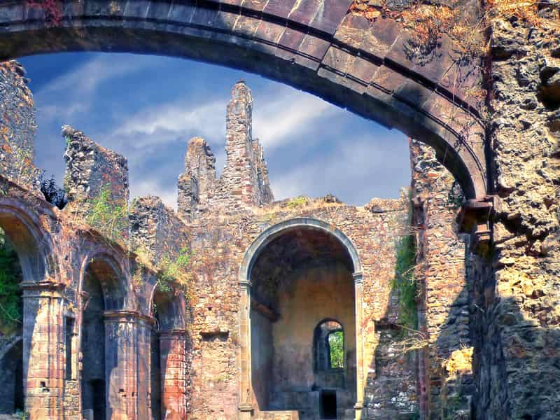 The Vasai Fort is a great place to explore history