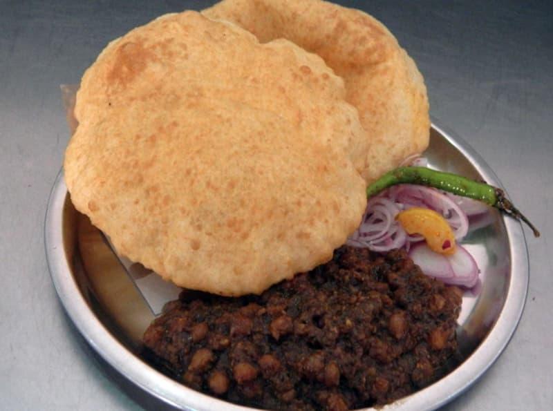 Yummy Chole Bhature at Amar Colony