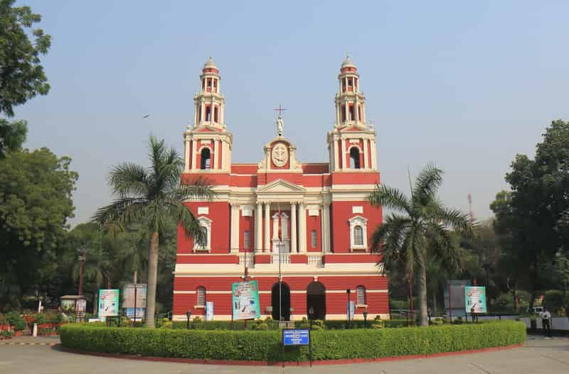 The peaceful Sacred Heart Cathedral in Delhi