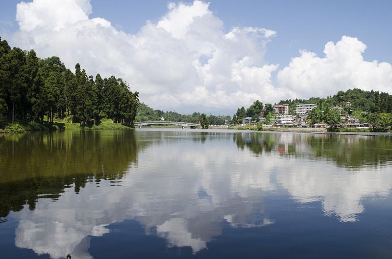 The tranquil Mirik Lake