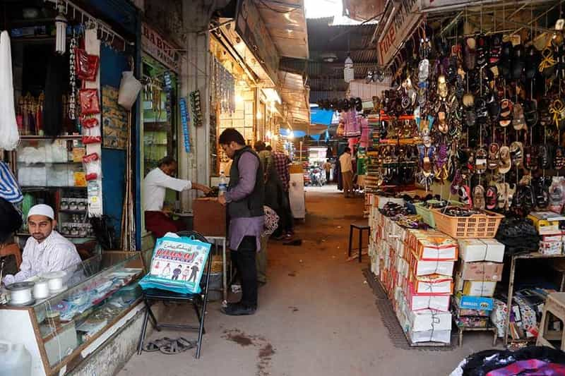 A few shops in Begum Bazaar