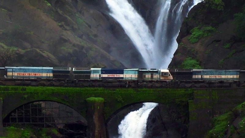 A train passing the Dudhsagar Falls