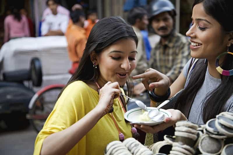 Enjoy a variety of street food in Mumbai