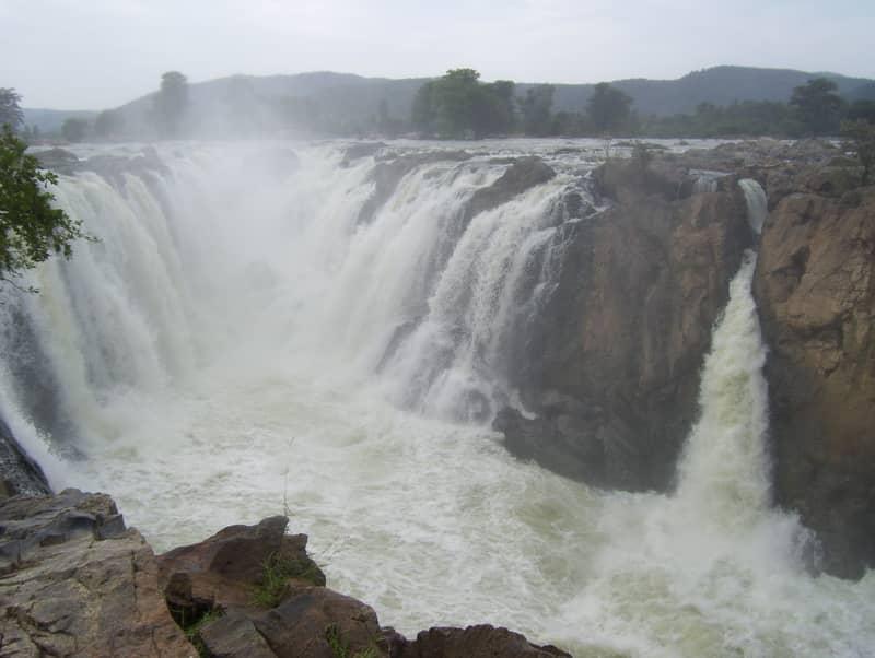 Hogenakkal Falls at Dharmapuri