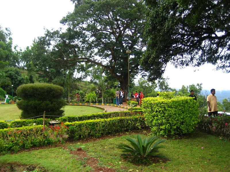 Lata Mangeshkar Musical garden