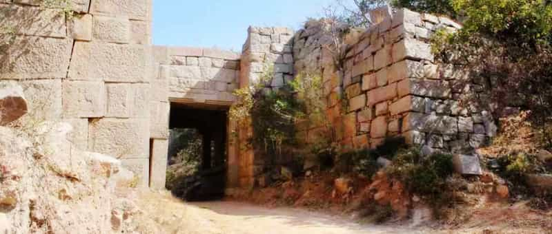 The Devarakonda fort entrance