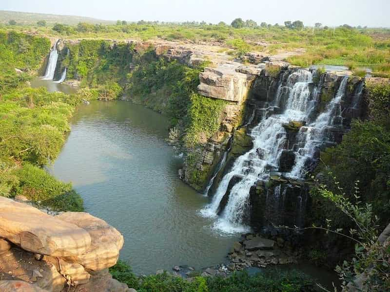 The Ethipothala Waterfall is a great picnic spot, especially in summer