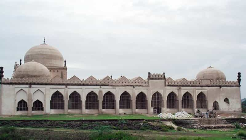 The Jama Mosque at Gulbarga