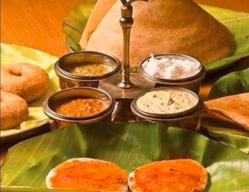 The different kinds of chutney offerings at Chutneys