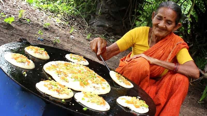 Uttapam being made in Bangalore