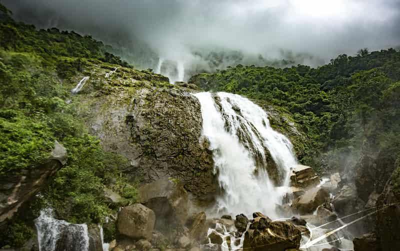 Kynrem Falls, Cherrapunji