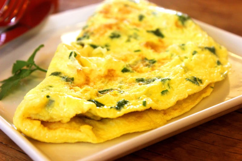 Omelettes arew a big breakfast item in Mussorie