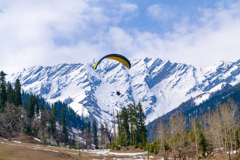 Parasailing here is a great way to view Manali