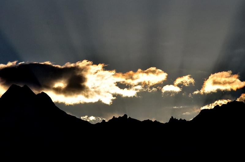Sunrise over the mountains in Munsiyari