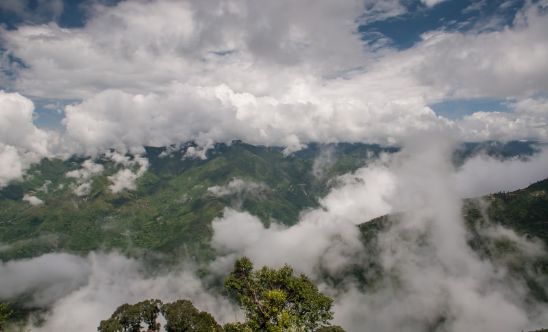 Clouds crown the queen of hill stations