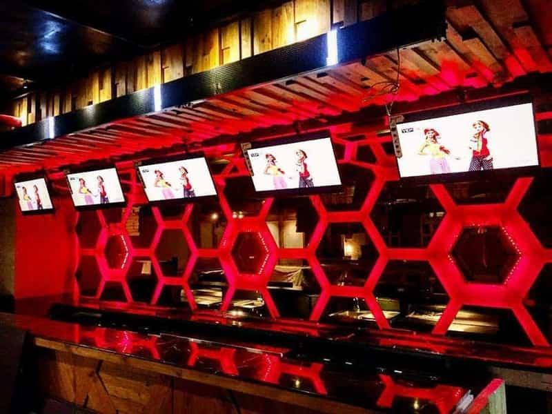 One Sports Lounge