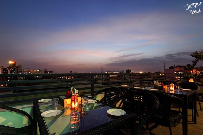 Skylights Café