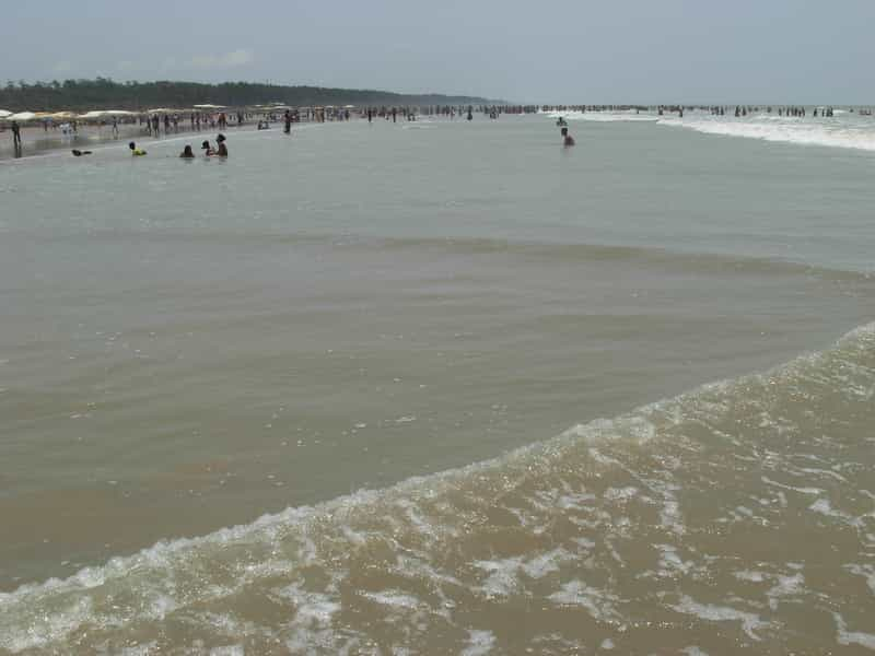 The beach at Digha is popular with locals and visitors