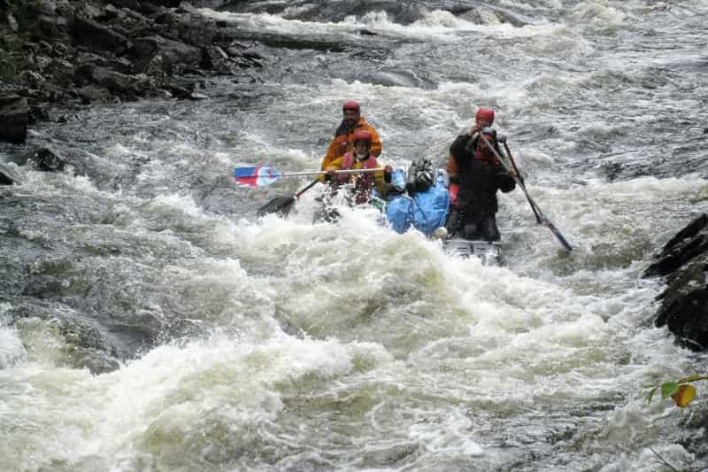 Tourists enjoying rafting in Kolad