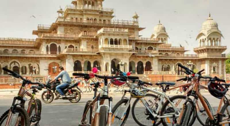 Explore Jaipur on a cycle
