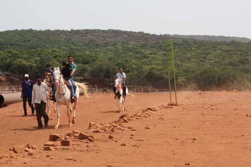 Horse Riding in Mahabaleshwar