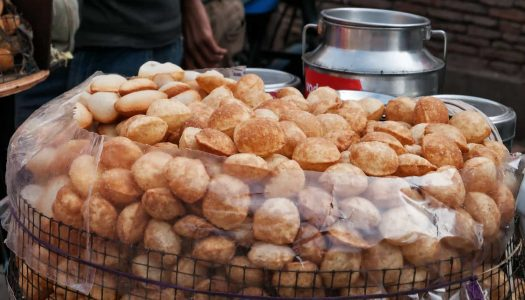 17 Must-try Street Foods in Surat (& Where To Eat Them)