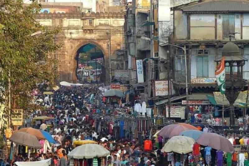 Lal Darwaja Market