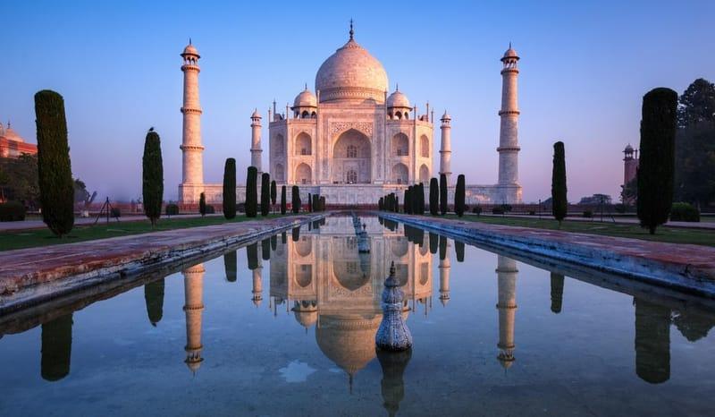 Taj Mahal Colour Change Early Morning