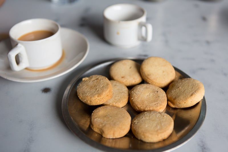 Iranian Chai with Biscuits