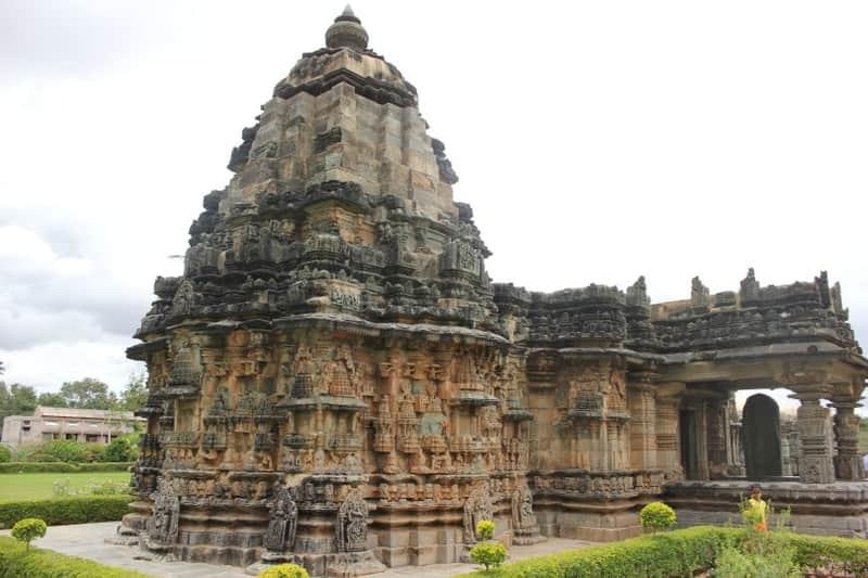 Gavi Gangadhareshwara Temple