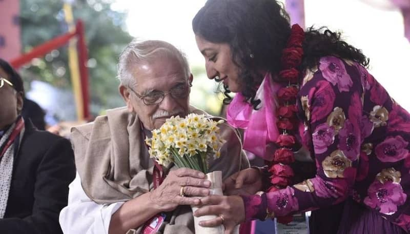 Meet Gulzar Saahab at Jaipur Literature Festival