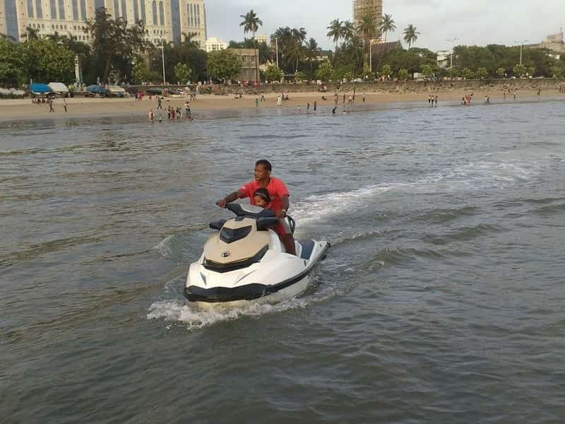 Enjoy jet skiing at the H2O Water Sports Park