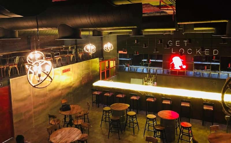 Sherlock's Pub, M.G Road