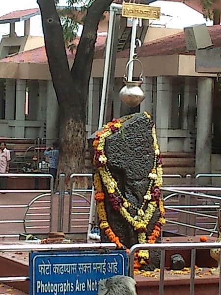 The Shani Dev idol at Shingnapur