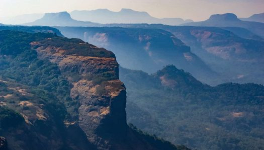 31 Tourist Places To Visit Near Mumbai for a Relaxed Trip