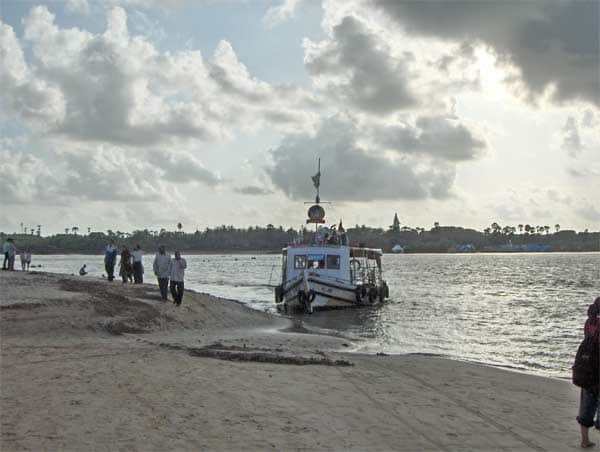 A ferry at the Marve Beach
