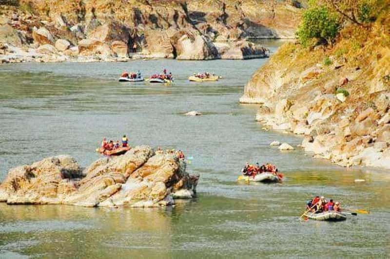 A rafting expedition in progress at Rishikesh