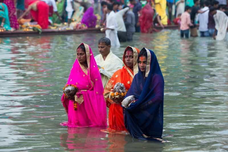 Biharis doing chat puja in Delhi