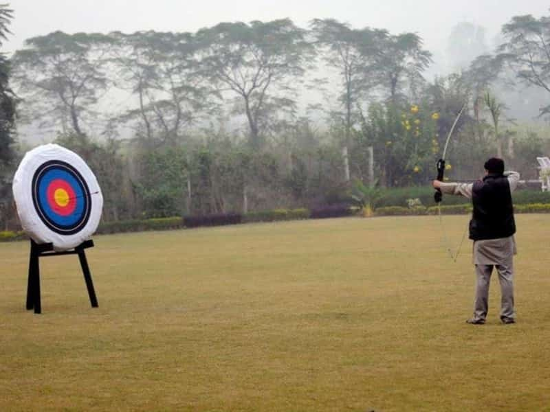Enjoy rappelling, archery or dolphin sighting at Baghaan