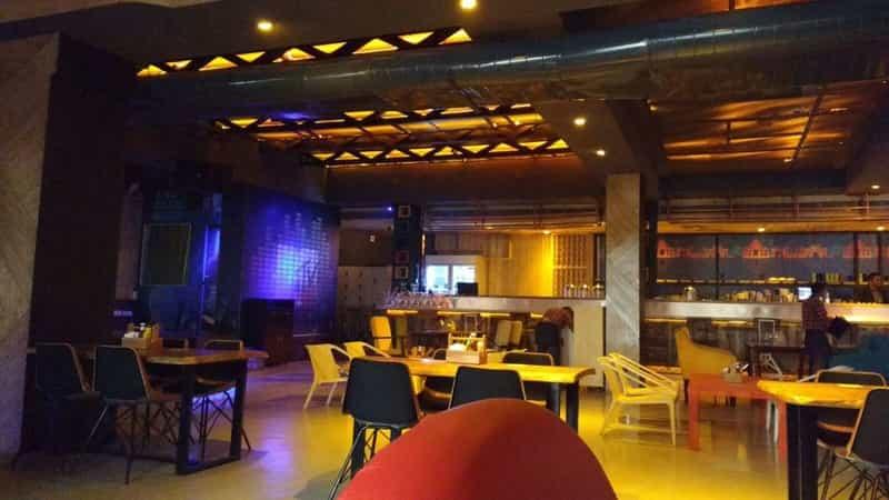 FLYP@MTV Cafe